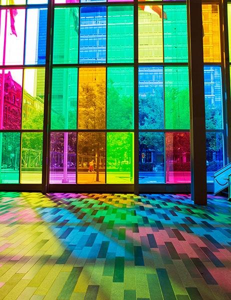 8-Renkli düz cam